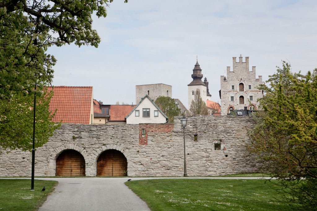 tuukka_ervasti-city_wall_of_visby_-1270