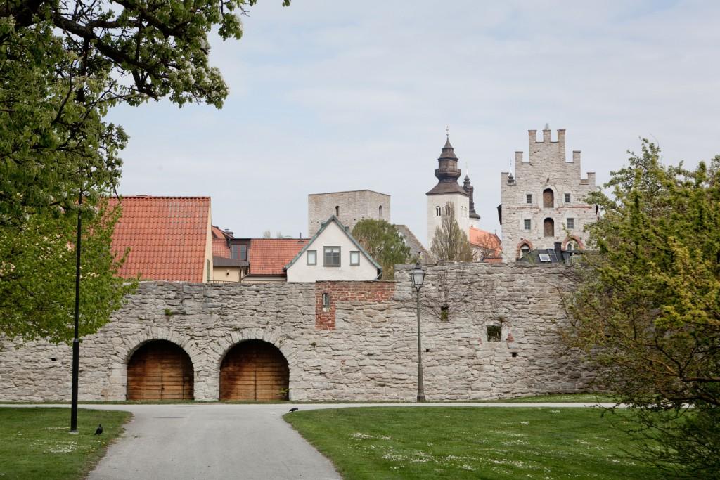 tuukka_ervasti-city_wall_of_visby_-1270
